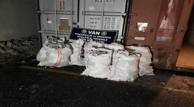 Van'da Gümrük Kaçağı Sigara Operasyonu