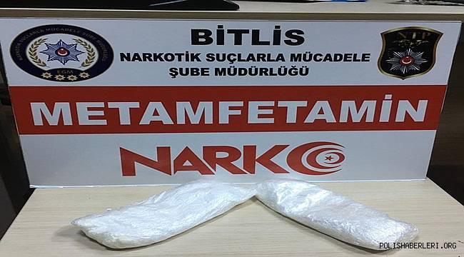 Bitlis'te 451 Gram Metamfetamin Maddesi Ele Geçirildi