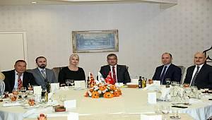 Emniyet Genel Müdürümüz Sayın Celal Uzunkaya, Makedonya İçişleri Bakan Yardımcıları ve Beraberindeki Heyet ile Akşam Yemeğinde Bir Araya Geldi