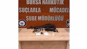 Bursa Narkotik Suçlarla Mücadele Şube Müdürlüğümüzce düzenlenen operasyonlarda 9 şahıs yakalandı