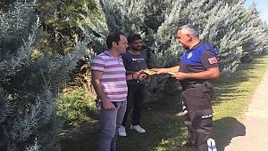 """Antalya Polisi """"Farkında Ol"""" Proje Kapsamında Vatandaşlarımızı Bilgilendirdi"""