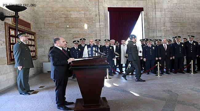 Emniyet Teşkilatı Anıtkabir'e Ziyaret Gerçekleştirdi