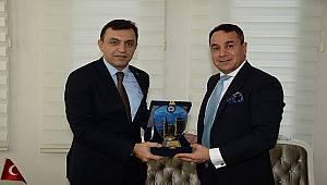 Kuveyt İstanbul Başkonsolosu Beraberindeki Heyet İle Birlikte İl Emniyet Müdürümüzü Ziyaret Etti