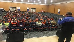 Antalya Polisi Temizlik İşçilerine Güvenlik Tedbirleri Bilgilendirme Semineri Düzenledi