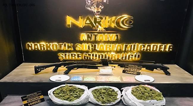 Bir İşhanının Alt Katındaki Otoparkta Uyuşturucu Madde Ele Geçirildi
