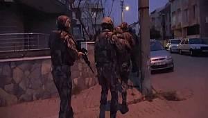 BALIKESİR POLİSİNDEN TEFECİLİK VE NİTELİKLİ YAĞMA OPERASYONU