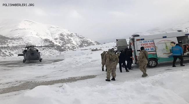 Diyaliz Hastası Askeri Helikopterle Hastaneye Ulaştırıldı