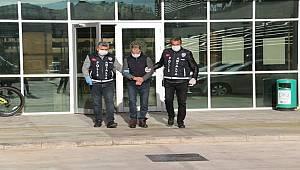 Antalya'da Görevli Memurlara Hakaret Eden Şüpheli Tutuklandı