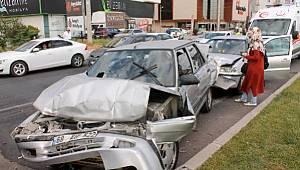 Aksaray'da 5 aracın karıştığı zincirleme kazada 9 yaralı