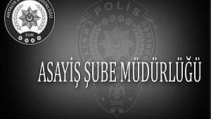Antalya'da Kendilerini Savcı-Polis Olarak Tanıtarak Dolandırıcılık Yapan Şahıslar Yakalandı