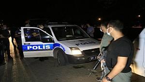 Adana'da sokağa ses bombası atan şüpheli yakalandı