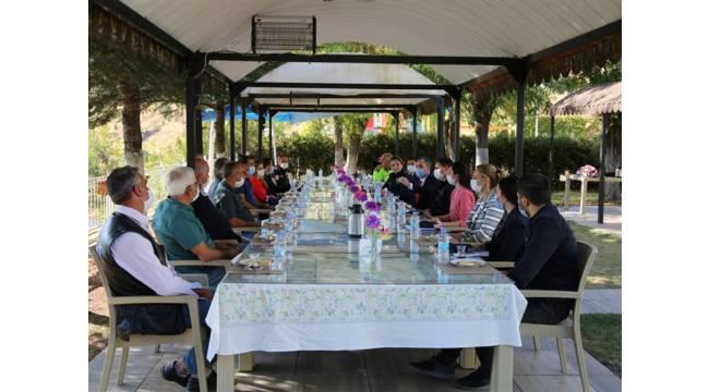 Toplum Destekli Polislik Şube Müdürlüğü faaliyetleri kapsamında il merkezi Mahalle Muhtarları ile toplantı yapıldı