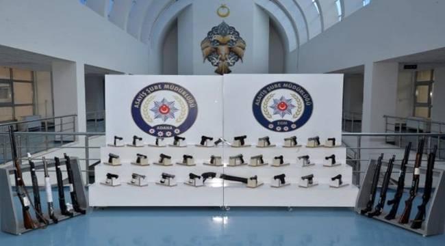 Adana'da 66 silah ele geçirildi
