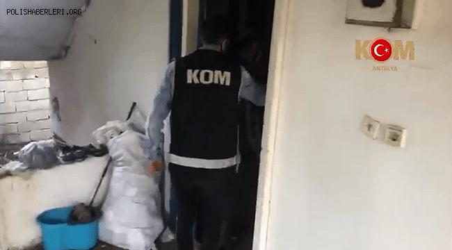 Antalya'da Kaçak Akaryakıt Ticareti Yapan (10) Şahıs Yakalandı