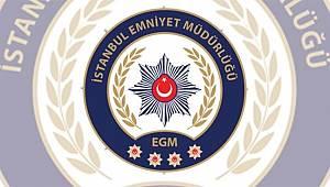 İstanbul KOM Şube ekipleri Bağcılar'da kaçak tütün bilgisi üzerine düzenlediği operasyonda