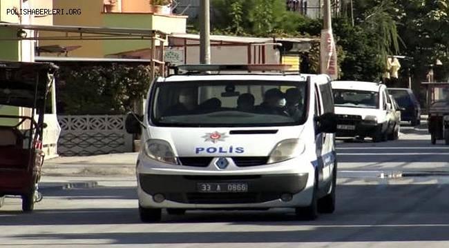 Mersin'de Polis 4 dilde koronavirüs uyarısı yaptı