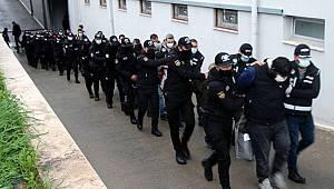 Adana'da Silahlı Organize suç örgütü Operasyonunda 13 polisin'de bulunduğu 61 şüpheli gözaltına alındı