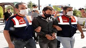Kahramanmaraş'ta terör örgütü DEAŞ'a yönelik düzenlenen operasyonda 3 kişi gözaltına alındı