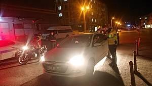 Gaziantep'te Polis İl genelinde gece denetimlerini aralıksız sürdürüyor