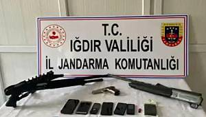 Iğdır'da bölücü terör örgütü PKK/KCK'ya yönelik operasyonda 13 şüpheli gözaltına alındı