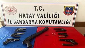 İskenderun'da bir İş yerinde 7 adet ruhsatsız silah ele geçirildi