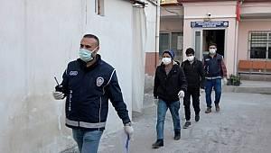 Osmaniye'de Çevreye rahatsızlık veren Afgan mülteciler gözaltına alındı