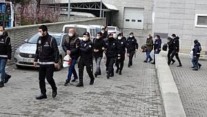 Samsun merkezli organize suç örgütü operasyonunda gözaltına alınan 8 şüpheli adliyede