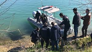 Seyhan Baraj gölünde erkek cesedi bulundu
