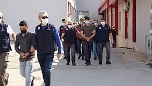 Adana'da FETÖ Operasyonunda 3 Şüpheli Tutuklandı