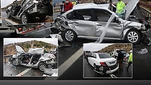 Ankara TEM otoyolunda meydana gelen zincirleme kazada 4 kişi hayatını kaybetti