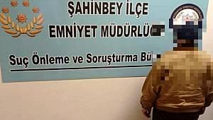 Gaziantep'te kamyonet dolusu kaçak makaron ele geçirildi
