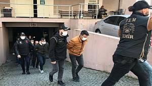 İzmir'de FETÖ/PDY'nin TSK yapılanmasına yönelik operasyonda 30 tutuklama