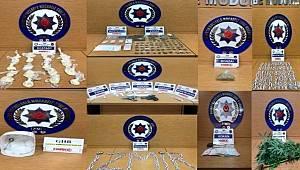 İzmir'de uyuşturucu operasyonlarında 7 şüpheli tutuklandı
