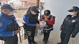Konya'da Polis Küçük Furkan'nın Yeni Yaşını Kutladı