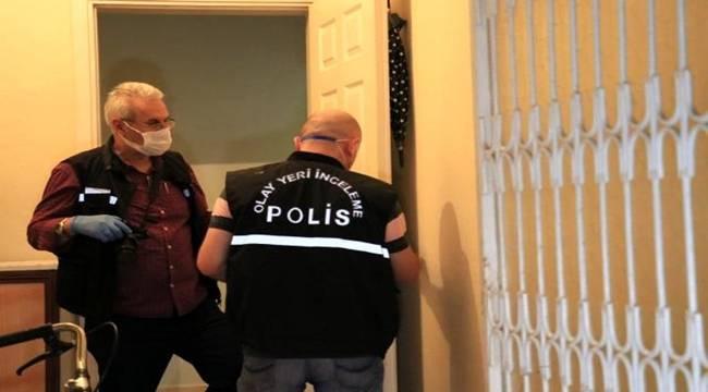 Adana'da Bacanaklar arası çıkan bıçaklı kavgada 1 kişi hayatını kaybetti