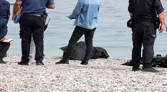 Antalya'da denizde erkek cansız bedeni bulundu