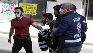 Başkent'te 1 Mayıs'ı kutlamak isteyen göstericilere polis izin vermedi