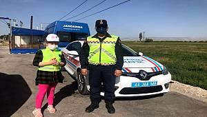 Malatya Jandarma Trafik Timlerince Trafik Haftası etkinliği Düzenlendi