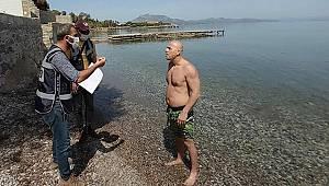 Muğla'da turistleri görerek denize girdiğini söyleyen kişiye ceza kesildi