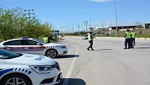 Sandıklı'da jandarma ve polisten drone destekli denetim