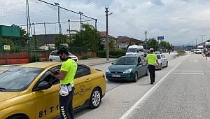 Düzce'de Emniyet Kemeri takmayan 137 Sürücü Ceza yedi