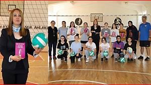 ''Sessiz Kalma'' eserin Yazarı Özbek Soma Zafer Spor Klubü Kadınları ile biaraya geldi