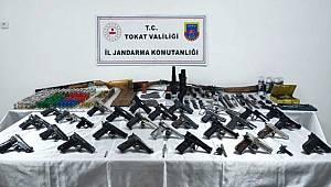 Tokat'ta kurusıkıyı tabancaları gerçeğine dönüştürüyordu yakalandı