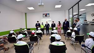 Gönül Akademisi Projesinde Eğitim Alan Öğrencilere Vali GÜL'den Ziyaret
