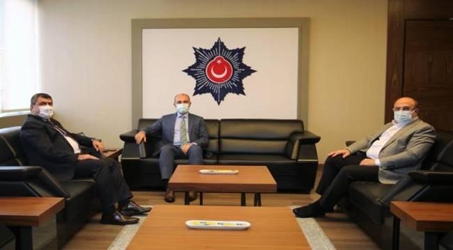 Nizip Kaymakamı Şahin ve Belediye Başkanı Sarı, Emniyet Müdürlerini ziyaret etti