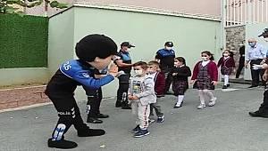 Polis maskotu