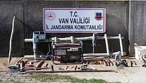 Van'da Kaçak Kazı Yapan 5 Şüpheli Suçüstü Yakalandı