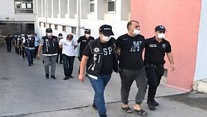 Adana'da uyuşturucu operasyonunda 12 zanlı yakalandı