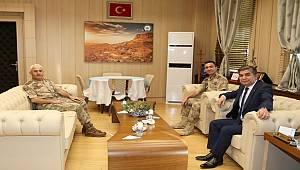 Diyarbakır Jandarma Bölge Komutanından Emniyet Müdürü Karabulut'a Ziyaret