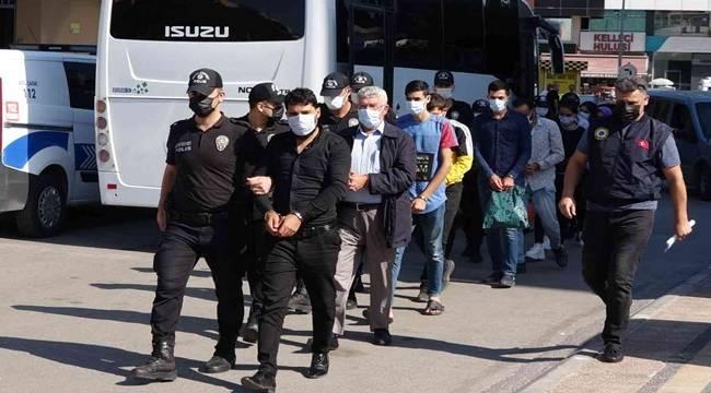 Mersin'de düzenlenen Terör Operasyonunda 11 kişi Gözaltına alındı